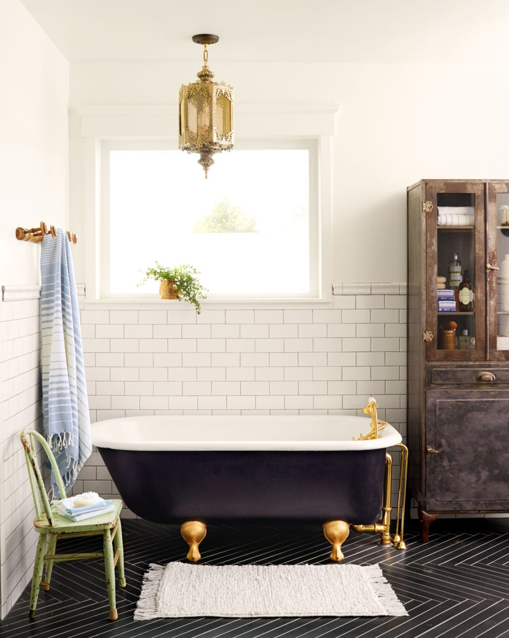 arnold-master-bathroom-0515