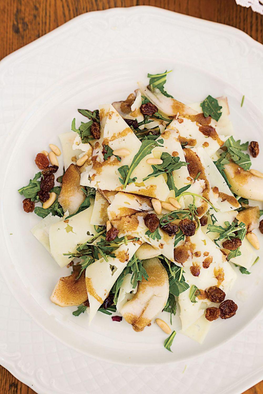 recipe_arugula-pecorino-pine-nut-pear-salad_800x1200.jpg